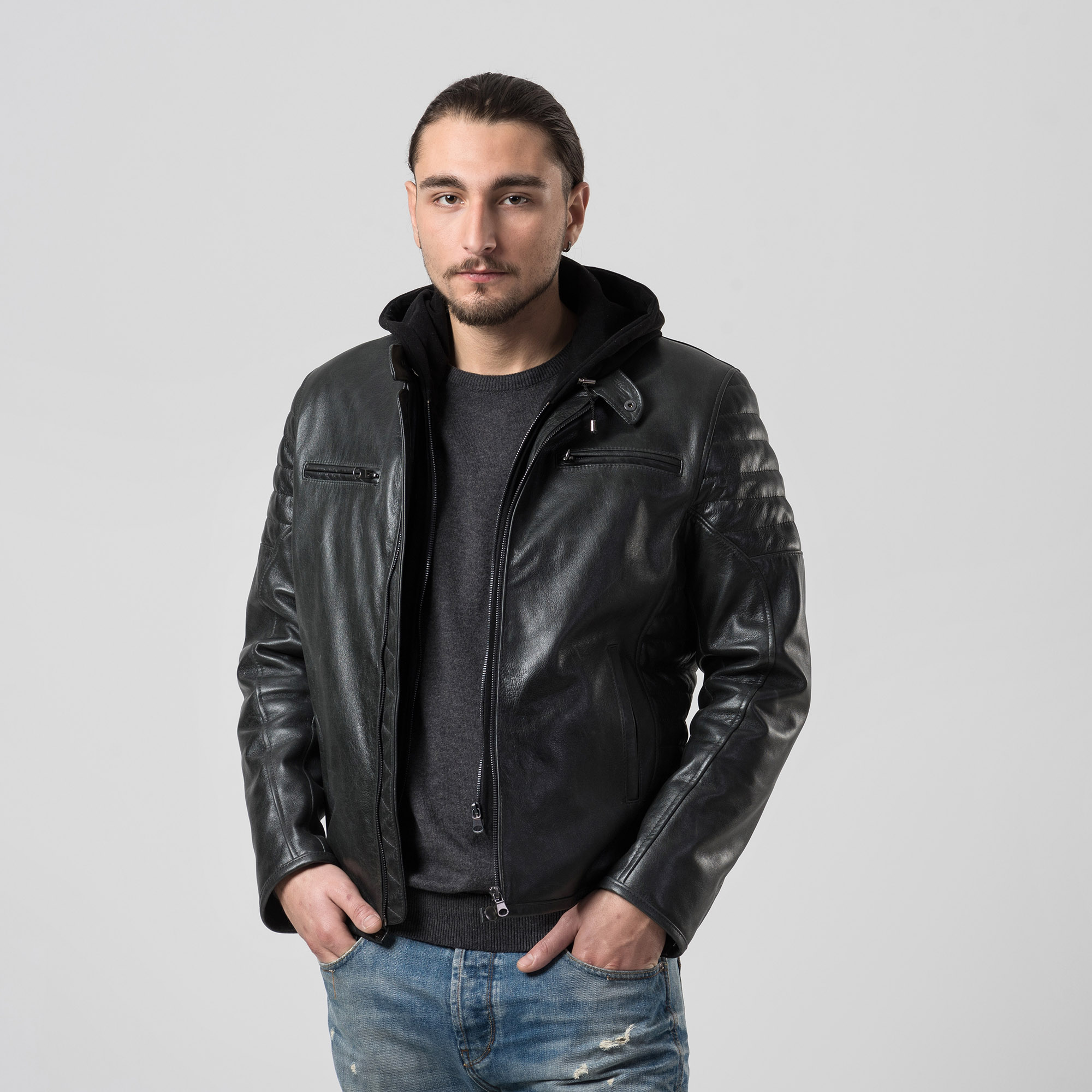 5fbe667120bc Δερμάτινο biker jacket με υφασμάτινη κουκούλα